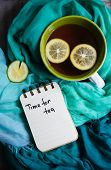 Постер, плакат: Tea With Lemon An Dscarf