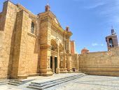 ������, ������: Cathedral Of St Mary Of The Incarnation Santo Domingo Dominican Republic