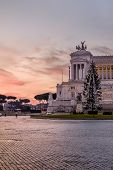 Постер, плакат: Twilight In Piazza Venezia