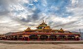pic of tibetan  - Lharong Monastery in Sertar Tibet - JPG
