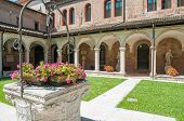 picture of vicenza  - The internal cloister of the gothic Saint Lorenzo church in Vicenza - JPG