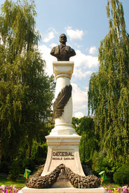 image of decebal  - the decebal statue in drobeta turnu severin with blue sky behind