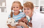image of pediatric  - Little girl at the doctor - JPG