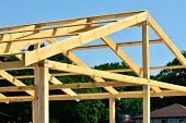 picture of purlin  - Construction of wooden trusses of thick boards - JPG