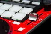 picture of mixer  - DJ mixer controller - JPG