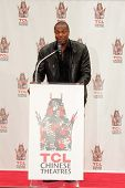 Chris Tucker at the Jackie Chan Hand and Foot Print Ceremony, TCL Chinese Theater, Hollywood, CA 06-