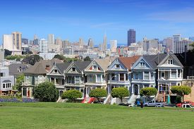 pic of victorian houses  - San Francisco California United States  - JPG