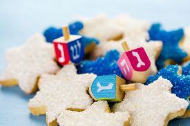 picture of hanukkah  - Hanukkah white and blue stars hand frosted sugar cookies - JPG