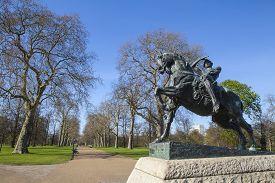 image of kensington  - The Physical Energy statue located in Kensington Gardens London - JPG