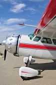 foto of cessna  - This Cessna 195 has been restored and well maintained - JPG