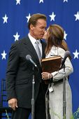 SACRAMENTO - NOV 17: Arnold Schwarzenegger, Maria Shriver at the inauguration of the new Governor in