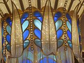pic of chandelier  - A very large chandelier with different colors - JPG