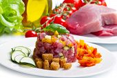 picture of tartar  - tuna tartar with fresh zucchini and pepper - JPG