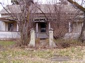 Picture of ghost house.