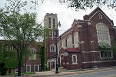 picture of illinois  - The New Canaanland Christian Church in Joliet - JPG