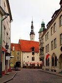 image of wane  - Old city Tallinn Estonia - JPG
