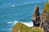 foto of cliffs moher  - A sunny day at Cliffs of Moher in County Claire - JPG