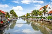 picture of smelly  - Jakarta old Town  along the Smelly river - JPG