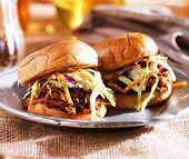 foto of pulling  - pulled pork sandwiches with bbq sauce and slaw - JPG