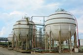 pic of lng  - Natural Gas Tank  in petrochemical at thailand - JPG