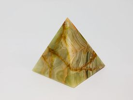 picture of tetrahedron  - Pyramid onyx on a white background - JPG