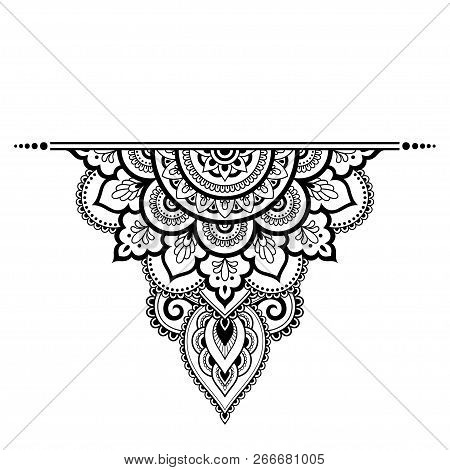 04a62793cacef Mehndi mandala pattern for Henna drawing and tattoo. Decoration in ethnic  oriental, Indian style. poster. ID: 266681005