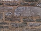 picture of fieldstone-wall  - gray stone wall - JPG