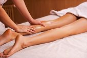 picture of therapist massage  - Close - JPG