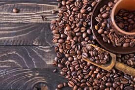 foto of pot roast  - coffee beans on the wooden table roast coffee beans - JPG