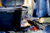 image of dutch oven  - old - JPG