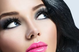 foto of dark-skin  - Beautiful Brunette Girl with Healthy Black Hair and perfect make up - JPG