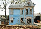 foto of raunchy  - abandoned old house - JPG