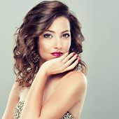 foto of long nails  - Beautiful model with long curly hair  - JPG