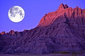 Постер, плакат: Full Moon In The Badlands