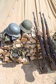 picture of nazi  - rifles - JPG