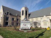 stock photo of illinois  - The First Presbyterian Church - JPG