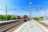 image of gare  - Suburban railway train at the railways station - JPG