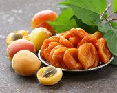 picture of apricot  - Natural organic dried apricots - JPG