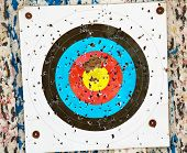 foto of archery  - close up photo of a target archery - JPG