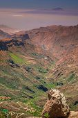 picture of plateau  - View from the plateau from Roque Nublo - JPG