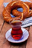 tea and turkish bagel