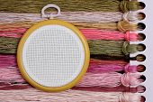 picture of stitches  - Round tambour for cross stitch on sacking - JPG