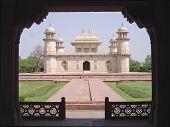 image of vedas  - Baby Taj Mahal  - JPG