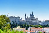 Постер, плакат: Beautiful View Of The Royal Palace Of Madrid And The Cathedral Of Saint Mary The Royal Of La Almuden