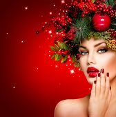 image of manicure  - Christmas Winter Woman - JPG
