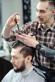 image of barber  - Barber profession - JPG
