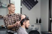 image of barber  - Joyful conversation - JPG