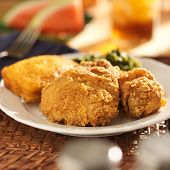 pic of southern fried chicken  - fried chicken with collard greens and corn bread - JPG