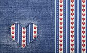 picture of applique  - Heart symbol in denim trimmed with other tissue - JPG