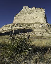 foto of western nebraska  - Scotts Bluff National Monument is located in western Nebraska - JPG